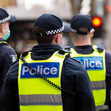 What is the process of filling the form on the vic police check?
