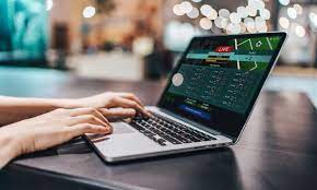How can punters enhance their online betting experience?